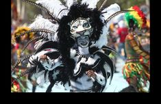La representación de los animales salvajes es un homenaje a los ancestros africanos y las máscaras son la mayor atracción de los disfraces.