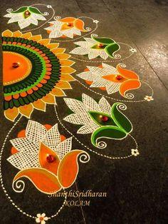 Free Hand Rangoli Design Ideas For Diwali image 3 Indian Rangoli Designs, Rangoli Designs Flower, Rangoli Designs Latest, Rangoli Border Designs, Rangoli Designs Images, Flower Rangoli, Beautiful Rangoli Designs, Latest Rangoli, Peacock Rangoli