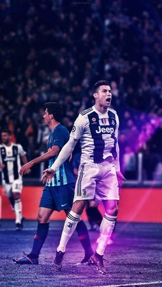 Cristiano Ronaldo Shirtless, Cristiano Ronaldo Junior, Cristano Ronaldo, Ronaldo Football, Cristiano Ronaldo Juventus, Neymar, Football Players, Messi, Juventus Soccer