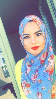 Blue floral georgette hijab www.uniquehijabs.com With Love, Maya   Pinterest { @withlovemaya }