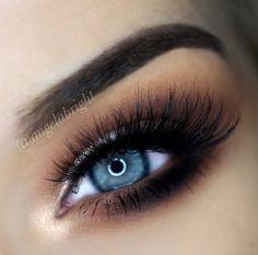 Pretty on Fleek - Luxy Lash - 8 Pretty Eyes, Cool Eyes, Amazing Eyes, Makeup Tips, Beauty Makeup, Makeup Ideas, Smoky Eye Makeup Tutorial, Beauty Salon Logo, Lashes Logo