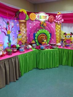 Candyland birthday party set-up & Candy Themed Bat Mitzvah Event Decor Adult Centerpieces Party ...