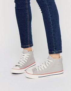 New Look Hi Top Sneakers <$21.00USD>