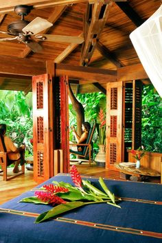 A true rain forest retreat, Playa Nicuesa Lodge is all inclusive and is set in the Piedras Blancas National Park, Peninsula de Osa, Puntarenas, Costa Rica. Restful treehouse-style eco-lodge on a 165-acre rainforest reserve overlooking the Pacific Ocean.