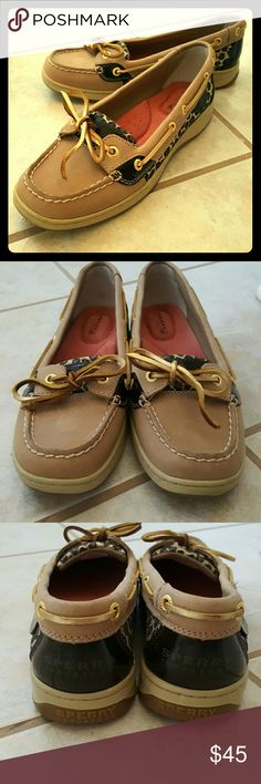 SALE NWOT Sperry's! Worn only one time Sperry Shoes! There is really no wear shown on these shoes, great condition,no break down on in sole, very comfortable and size 7. Sperry Top-Sider Shoes Flats & Loafers