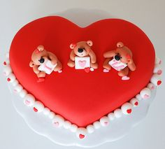 valentine teddy bear cake by Lucyscakesandtoppers.co.uk, via Flickr