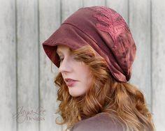 Red Oak Leaf Slouchy Beanie Hat Recycled от GreenTrunkDesigns