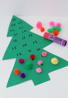 Are your munchkins counting down the days until Santa arrives? Count along with them with these fun DIY calendar ideas and celebrate all month long. Advent Calendar For Toddlers, Advent For Kids, Kids Calendar, Christmas Calendar, Diy Advent Calendar, Calendar Ideas, Preschool Christmas, Christmas Crafts For Kids, Christmas Activities