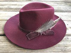 """Ole Jamestown"" Western Boho Cowgirl Hats – Lil Bee's Bohemian O Cowboy, Cowgirl Hats, Cowgirl Style, Cowgirl Bachelorette Parties, Dope Hats, Fedora Hat Women, Stylish Hats, Blue Feather, Blue Cream"