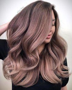31 Pink Hair Color Ideas Trending in 2019 - Style My Hairs Hair Color Pink, Cool Hair Color, Pink Hair, Dusty Rose Hair, Long Thin Hair, Straight Hair, Hair Highlights, Color Highlights, Chunky Highlights