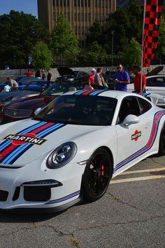 Porsche 911 GT3 Martini Livery - Atlanta Streets