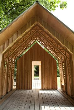 Caspar Schols built this dynamic garden house for his mother. The transforming house can be turned into an outdoor living space by slide opening its shell. Pole Barn House Plans, Pole Barn Homes, Timber Architecture, Small Studio, Metal Buildings, Prefab Homes, House And Home Magazine, Play Houses, Outdoor Living