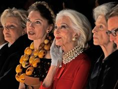 """At 81, Carmen Dell'Orefice hasn't retired her heels: the stylish senior citizen — three to four times older than today's models — walked the Norisol Ferrari Spring / Summer 2013 show during New York Fashion Week on Monday.""""I don't know if it's good or silly,"""" she told TODAY's Jenna Bush Hager of her current modeling career. """"It's what I enjoy doing, and I'm able to do it.""""With her Carmen Dell'orefice, Beautiful Old Woman, Mature Fashion, Advanced Style, Aged To Perfection, Ageless Beauty, Aging Gracefully, Style And Grace, Mode Outfits"""