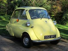 german-cars-after-1945 • 1961 BMW Isetta...