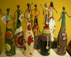 1 million+ Stunning Free Images to Use Anywhere Painted Glass Bottles, Glass Bottle Crafts, Wine Bottle Art, Diy Bottle, Hobbies And Crafts, Diy And Crafts, Arts And Crafts, Art N Craft, Diy Art