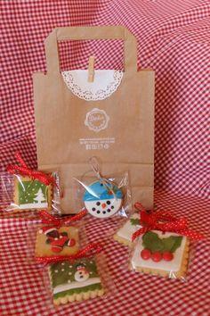 Bolsa con 6 galletas decorado de Navidad surtido. Para colgar en el árbol.