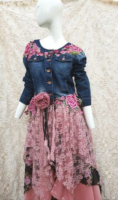 Fashion Fabric, Diy Fashion, Fashion Outfits, Jeans, Altered Couture, Dressed To The Nines, Recycling, Fashion Project, Clothes Crafts