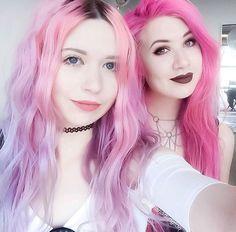 Pink hair princesses!