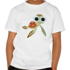 Finding Dory | Squirt. Producto disponible en tienda Zazzle. Vestuario, moda. Product available in Zazzle store. Fashion wardrobe. Regalos, Gifts. Link to product: http://www.zazzle.com/finding_dory_squirt_t_shirt-235681876211777666?CMPN=shareicon&lang=en&social=true&rf=238167879144476949 #camiseta #tshirt
