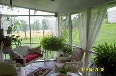 screen+Porch+Decorating | SCREENED IN PORCH, I finally got a screened in porch I did it myself ...