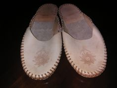 woman's  Or Man's Leather Slippers size 8-9 by MonkeyCatBoutique on Etsy