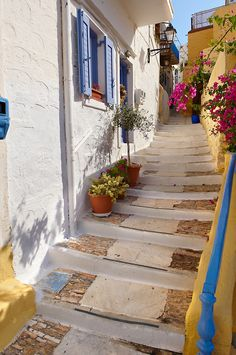 Steps in greece  #KSadventure and #KendraScott