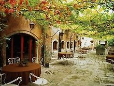 I want to sit and have a coffee in Ina place like this in Italy.