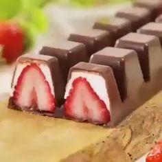 Köstliche Desserts, Dessert Recipes, Healthy Desserts, Kreative Desserts, Tasty Videos, Food Videos, Holiday Baking, Creative Food, Diy Food