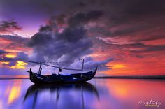 WARM MORNING ... Boat   by art-ditz photography on 500px