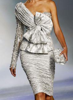 tails: Zuhair Murad, Haute Couture Fall/Winter 2009.