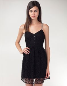 Lace dress with buttons