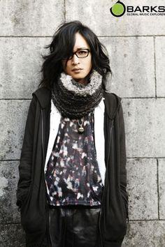 the eyes... Visual Kei, Rockers, Eyes, Fashion, Moda, Fashion Styles, Fashion Illustrations, Cat Eyes