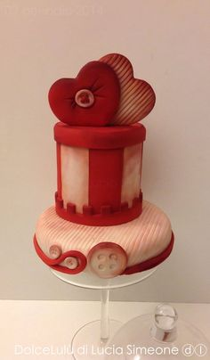 Vintage love - by luciasimeone @ CakesDecor.com - cake decorating website