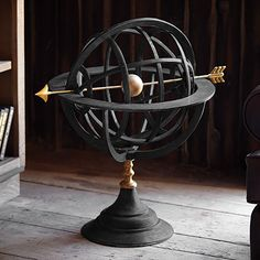 Old World style merges with modern day function and décor in this hand-sculpted aluminum and brass collection.