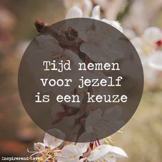 Massage Quotes, Yoga Quotes, Words Of Wisdom Quotes, Life Quotes To Live By, Sef Quotes, World Quotes, Dutch Quotes, Wellness Quotes, Special Words
