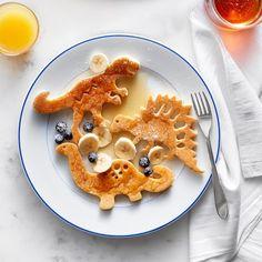 Emmit wants these so bad Williams Sonoma Dinosaur Silicone Pancake Molds, Set of 3 Pancake Art, Trash Polka Hand, Cute Food, Good Food, Yummy Food, Trash Polka Clock Tattoo, Tattoo Trash, Dinosaurs, Healthy Recipes