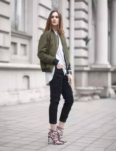 47f7ad2d3 409 Best bomber jacket outfit images in 2019 | Bomber jacket outfit ...