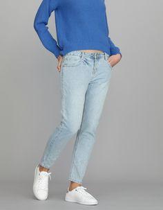 Jeans girlfriend tiro medio despintado | Blanco
