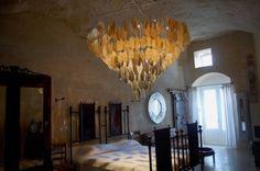 """La Corte degli Agostiniani         """"cave suite"""": cave room Matera"""