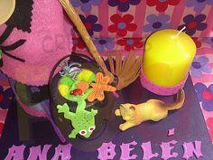 creaciones FOG: Bruja Ana Belén, preciosa. Ver trabajo en el enlace