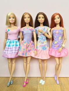 Barbie Fashionista and Made to Move dolls wearing pretty pastel dresses. Barbie Sets, Barbie And Ken, Barbie Skipper, Barbie Made To Move, Bride Dolls, Vintage Barbie Dolls, Barbie Clothes, Barbie World, Pretty Dresses