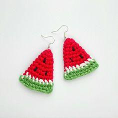 Crochet Earrings Pattern, Crochet Patterns Amigurumi, Crochet Gifts, Cute Crochet, Crochet Thread Size 10, Crochet Keychain, Granny Square Crochet Pattern, Crochet Doll Clothes, Bracelet Crafts