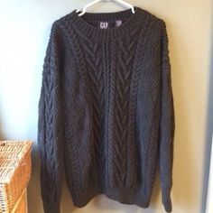 GAP oversized chunky  sweater Looks good with skinnies/leggings GAP Sweaters
