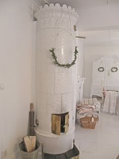 decorated kakelugn.~*~.
