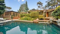 This 1962 home in Portola Valley, in San Mateo County, California, embraces the glory of its surroundings by way of glazed walls, clerestory windows, and a number of outdoor features. Residential Architecture, Modern Architecture, Portola Valley, San Mateo County, Glazed Walls, Clerestory Windows, California Dreamin', Luxury Real Estate, Mid Century