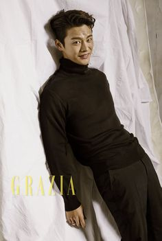 Foto Seo In Guk di Majalah Grazia Vol. Asian Actors, Korean Actors, Korean Dramas, Shopping King Louis, Grazia Magazine, Seo In Guk, Korean Entertainment, Korean Artist, Love Affair