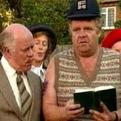 """Onslow is one of my favorite characters in, """"Keeping Up Appearances"""". British Sitcoms, British Comedy, British Actresses, Funny Sitcoms, English Comedy, Color Television, Bbc Tv Shows, Keeping Up Appearances, Funny Commercials"""