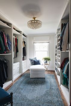 2019 New Year Home Tour - Would this layout save a little room in our closet? - Edna King - 2019 New Year Home Tour – Would this layout save a little room in our closet? Walk In Closet Design, Bedroom Closet Design, Master Bedroom Closet, Closet Designs, Bedroom Storage, Dressing Room Design, Dressing Rooms, Closet Layout, Suites