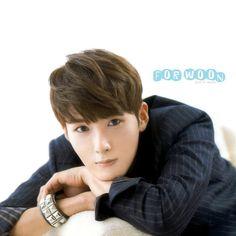 ryeo wook Kim Ryeowook, Heechul, Last Man Standing, Super Junior, Gorgeous Men, Photo Book, The Voice, Dancer, Actors