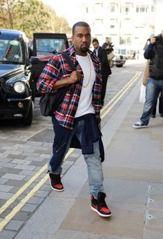 "Kanye West wearing Air Jordan 1 KO ""Bred"""